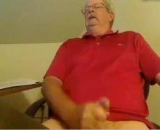 Vovô Gostosão se Masturbando na Webcam