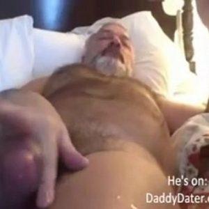 Velho Delicia de Barba Bem Dotado Bronhando