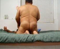 Maduro Gordo e Ativo Come Jovem em Motel