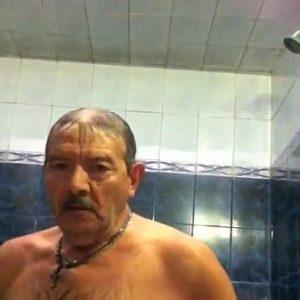 Maduro Dotado Sendo Chupado na Sauna