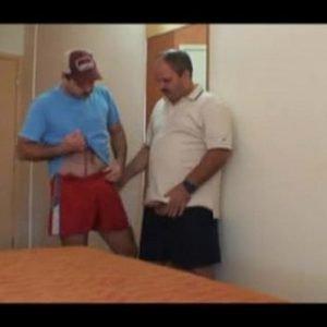 Vídeo Gay Grátis Brasileiro com Homens Peludos