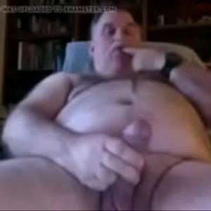 Dotado Gordo Maduro de Bigode gay