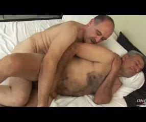 Perdendo o cabaço com Luiggi estrela pornô